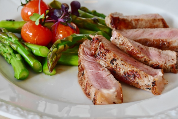 Crash Diät – Hier ist alles, was Sie darüber wissen sollten gesundes fleisch und gemüse