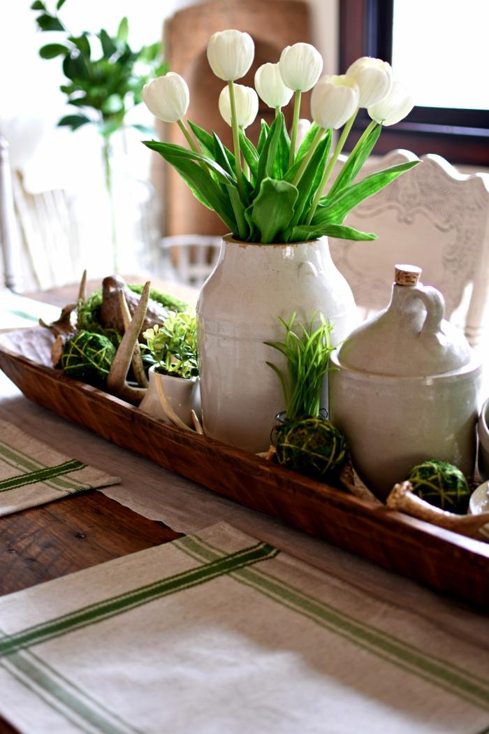 Frühlingsdeko basteln mit Naturmaterialien tischdeko tulpen