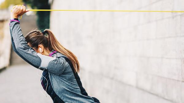 Ganzkörper Theraband Übungen für Zuhause – Vorteile und Auswahlhilfe zieh übungen stärke trainieren
