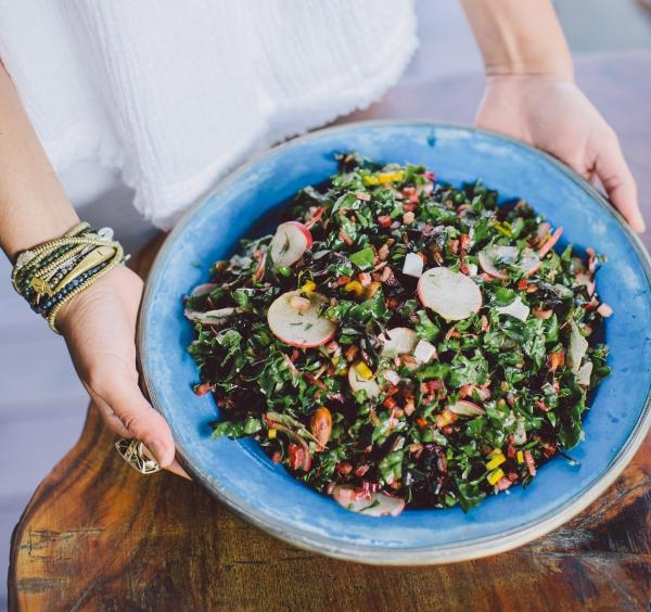 Υγιέστερα λαχανικά Κορυφαία 5 από τα πιο θρεπτικά είδη σαλάτας chard, νόστιμα, πολύχρωμα