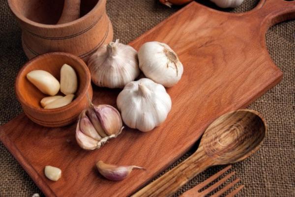 Gesundes Essen in Corona Zeiten viel Knoblauch essen antibakteriell entzündungshemmend