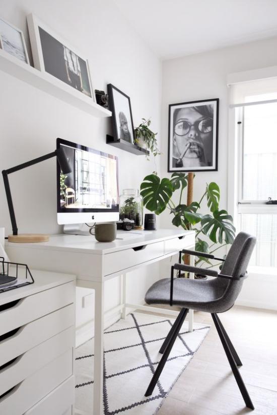 Home Office Guide grüne Topfpflanze passende Wanddeko Bilder Heimbüro zum Verlieben