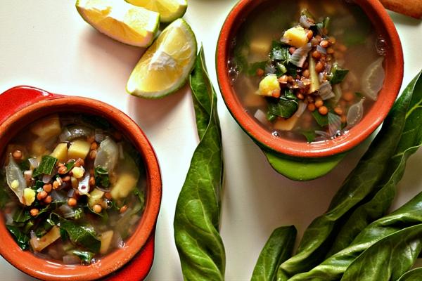 Mangoldsuppe Rezept Suppe zubereiten Mangoldblätter