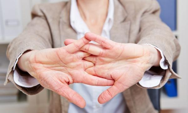 Φυσικά ηρεμιστικά από τη φύση φαρμακείο και άλλες συμβουλές κατά του άγχους για την ελαχιστοποίηση του άγχους στην εργασία στο γραφείο