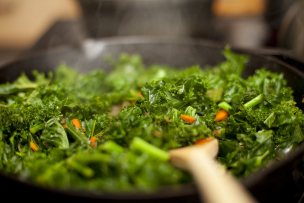 Natürliche Beruhigungsmittel aus der Naturapotheke und weitere Anti-Stress Tipps blattgemüse richtig kochen lecker