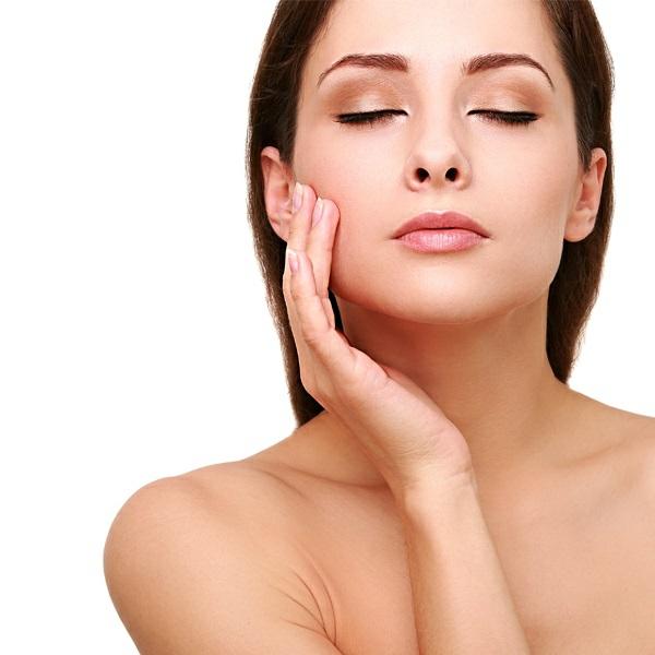 Rizinusöl für schöne Haut und Haare Vorteile von Rizinusöl Akne