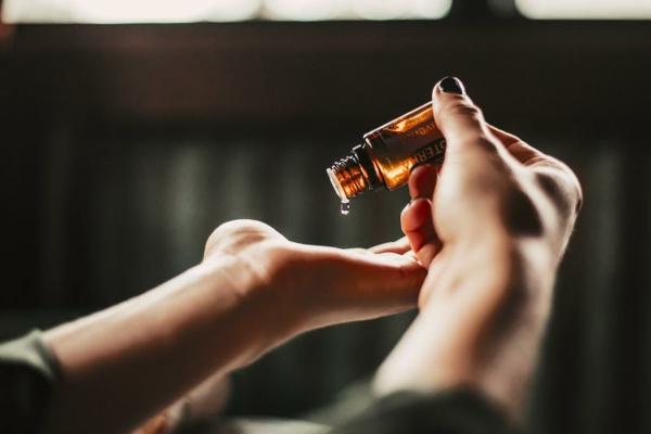 Rizinusöl für schöne Haut und Haare Vorteile von Rizinusöl Gesundheit