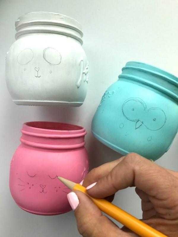 Stiftehalter basteln – Ideen und Anleitung für Schüler und Telearbeiter kleine gläser malen