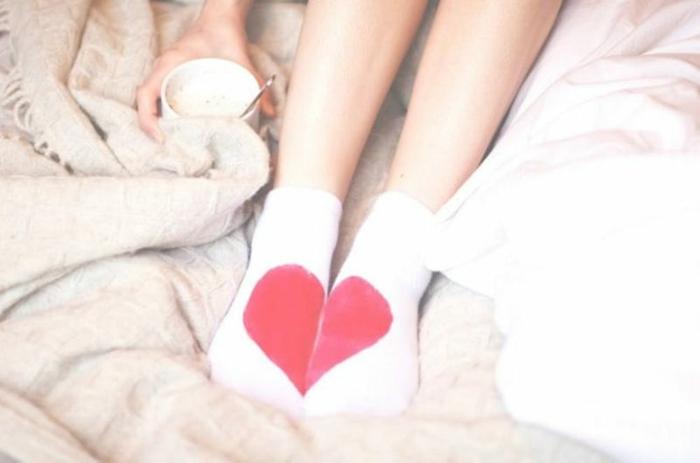 Valentinstag basteln diy ideen deko socken