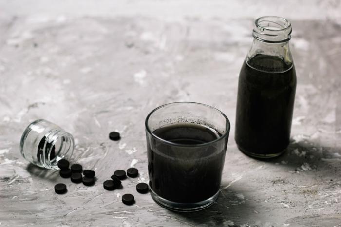 black latte selber machen gesundabnehmen mit aktivkohlejpg