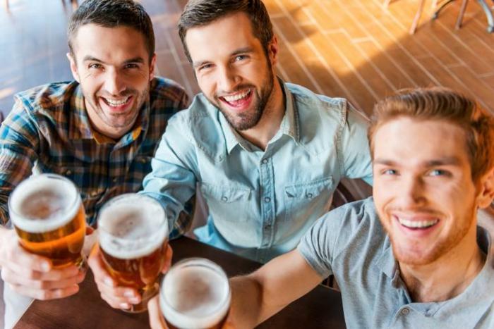gesunde ernährung plan 2+2+4 feiertage bier