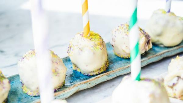 leckere cake pops teig zum karneval