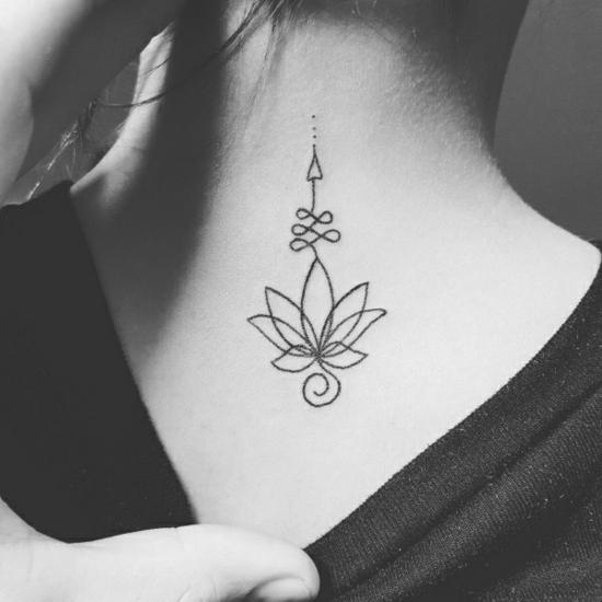 nacken damen unalome tattoo