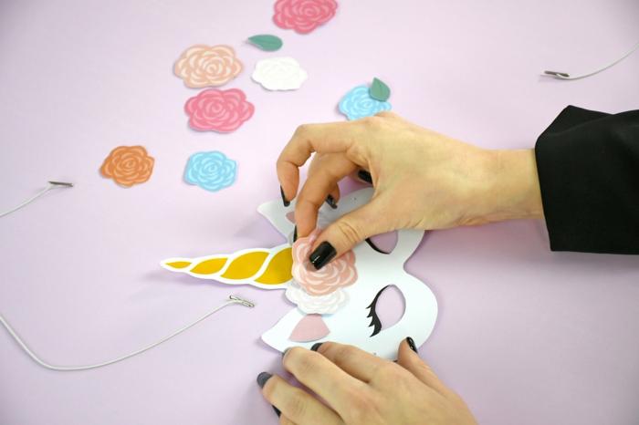 upcycling ideen faschinbasteln mit kidenrn basteln mit papier k;nig
