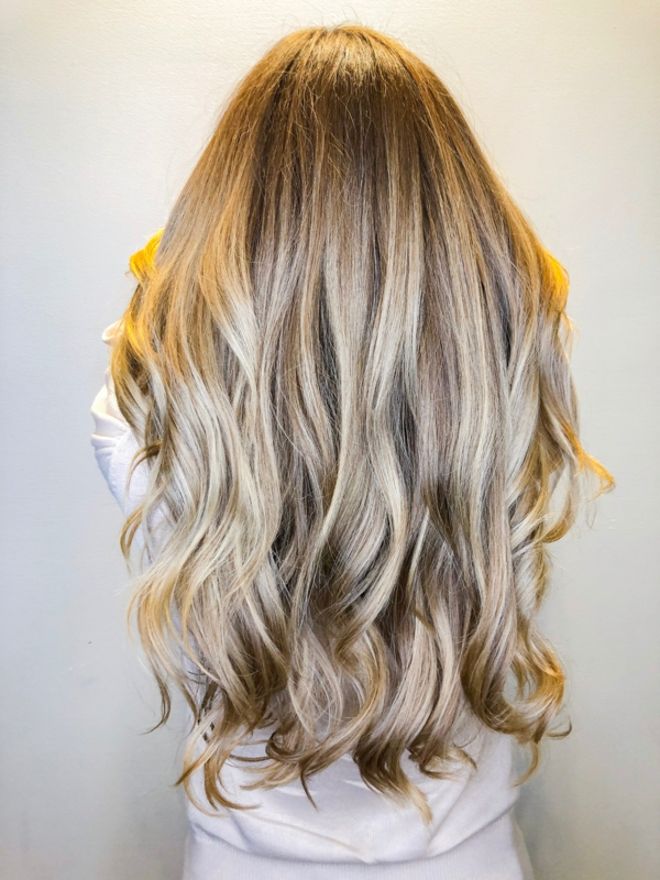 zurück zu Ihrer Naturhaarfarbe Ideen und Tipps blonde Haarfarbe
