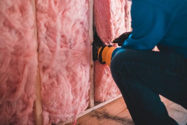 Ökologische Außenfassaden So wird das eigene Haus umweltbewusster dämmung rosa warm