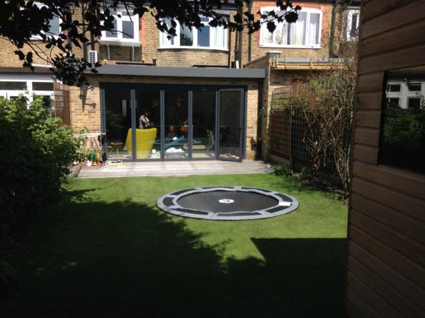Bodentrampolin Vorteile Nachteile Garten