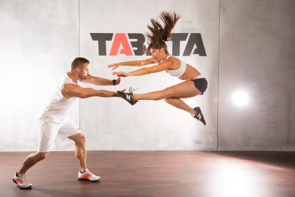 Fit in 4 Minuten mit Tabata Übungen tabata system japan