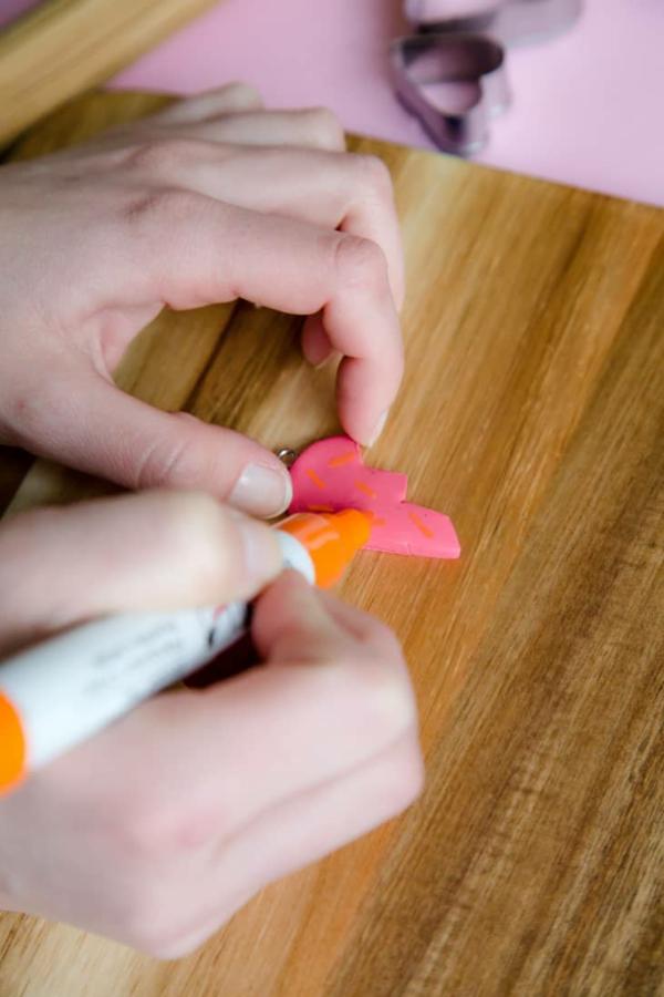 Freundschaftsketten basteln aus Polymer Clay Anleitung Schritt 1