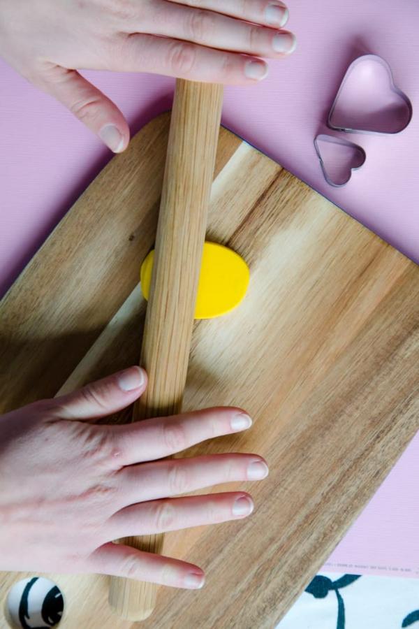 Freundschaftsketten basteln aus Polymer Clay Anleitung Schritt 2