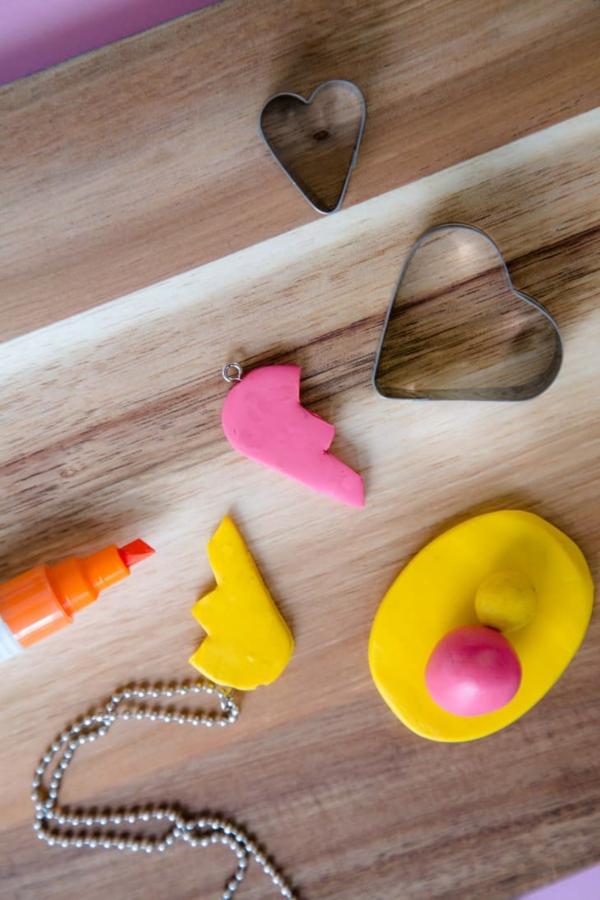 Freundschaftsketten basteln aus Polymer Clay Anleitung Schritt 6