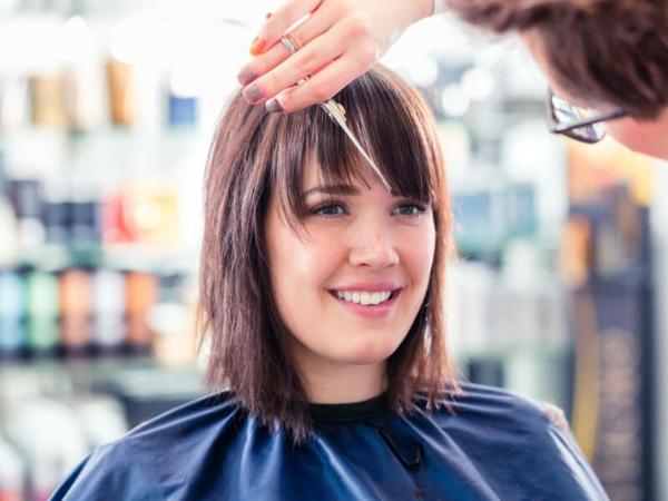 Frisurentrends 2021 Haastylist Haarschnitt bekommen