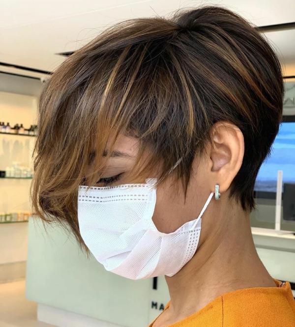 Frisurentrends 2021 Mundschutzmaske tragen