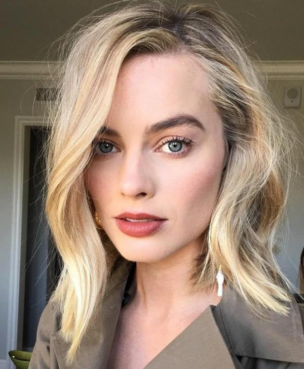 Frisurentrends 2021 blonde Haare