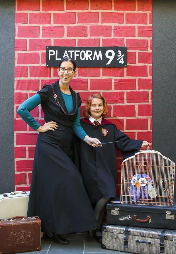 Harry Potter Bastelideen zum 20. Jubiläum – zauberhafte Anleitung für Hexen und Zauberer huintergrund fotos platform