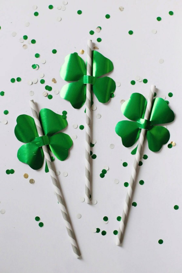 Kleeblatt basteln mit Kindern und Erwachsenen – Ideen und Anleitungen zum St. Patrick's Day strohhalm trinkhalm design
