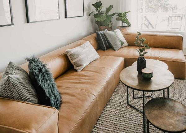 Möbel aus Leder pflegen Tipps und Tricks Wohnzimmer Ecksofa