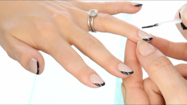 Micro Manicure Nageldesign Nagelstudio Micro French Anleitung