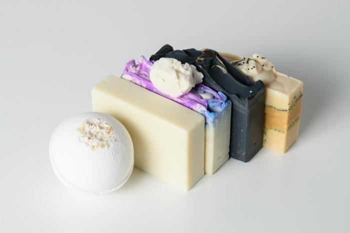 Nachhaltiges Badezimmer bachhaltige badezimmerprodukte trockenshampoo