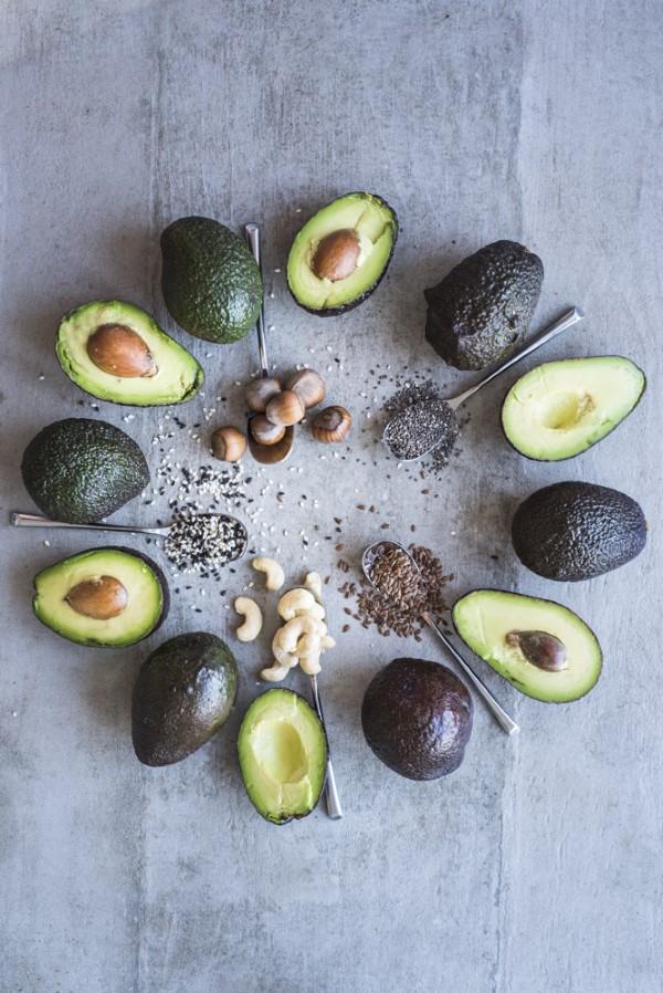 Pegane Ernährung – Der neueste Food-Trend-Kombi aus Paleo und Vegan gesunde fette avocado nüsse
