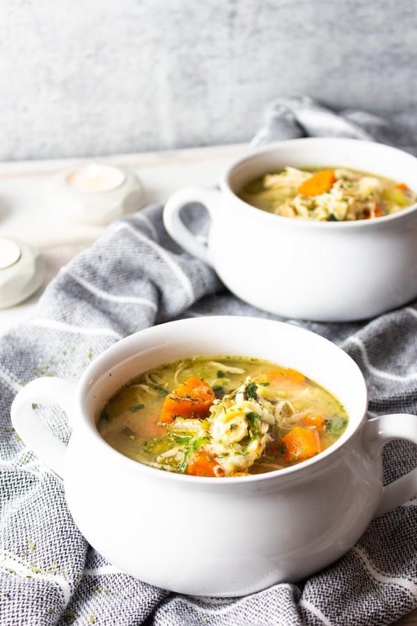 Διατροφή πεγκάνης - ο τελευταίος συνδυασμός τάσεων για φαγητό παλέτας και κοτόπουλου vegan με λαχανικά