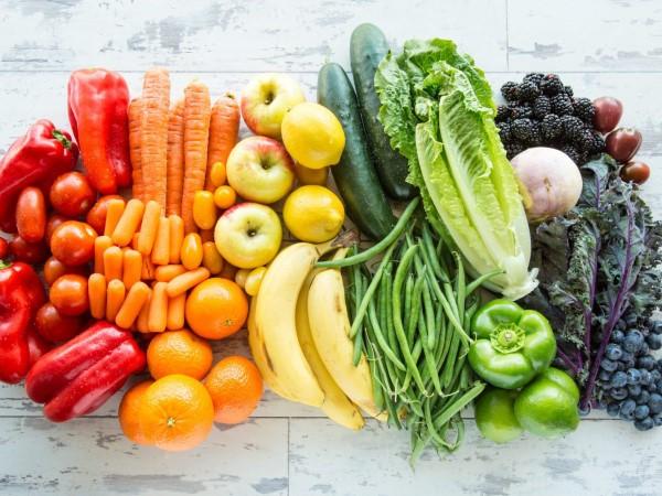 Pegane Ernährung – Der neueste Food-Trend-Kombi aus Paleo und Vegan regenbogenernährung gemüse obst