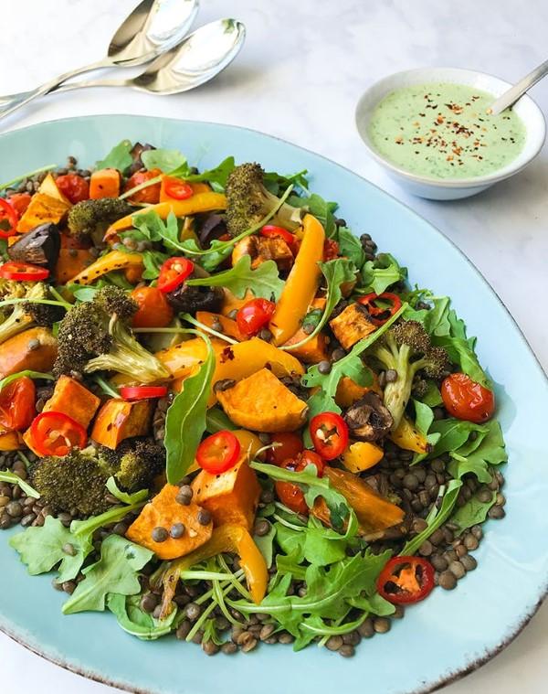 Pegane Ernährung – Der neueste Food-Trend-Kombi aus Paleo und Vegan salat mit linsen gesund lecker
