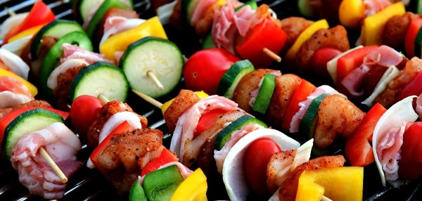 Διατροφή πεγκάν - ο τελευταίος συνδυασμός τάσεων για φαγητά με σουβλάκια παλαιού και vegan σουβλάκια