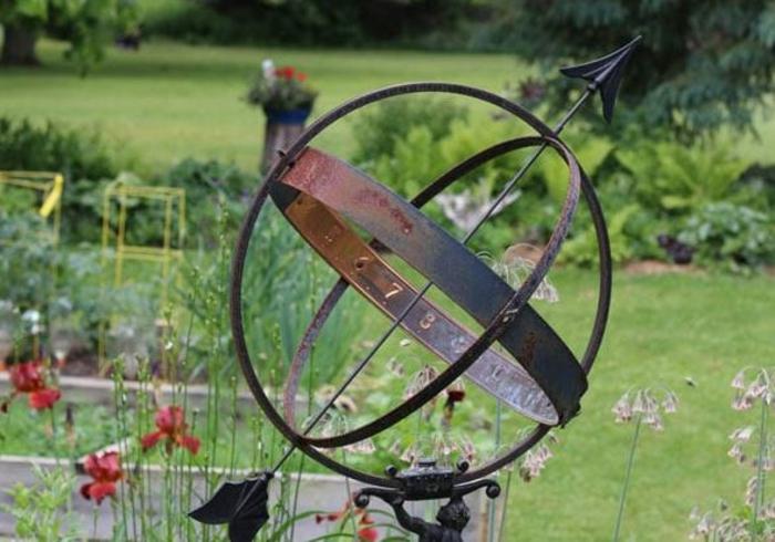 Rostige Gartendeko sphaere