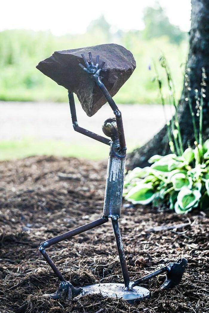 Rostige Gartendeko sysiphus