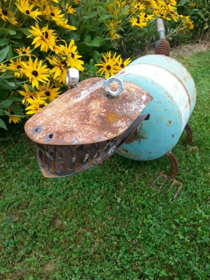 Rostige Gartendeko tier