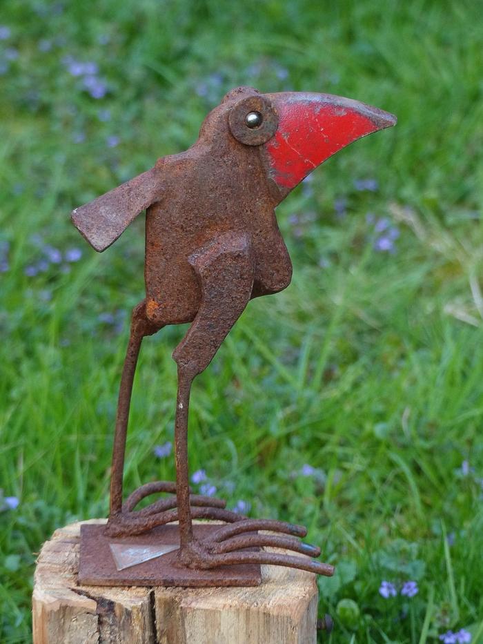 Rostige Gartendeko vogel skluptur