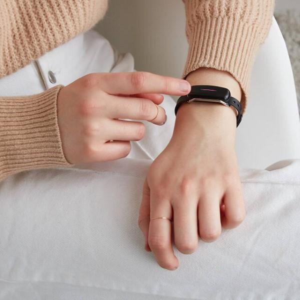 Schlaue und liebevolle Valentinsgeschenke für Damen und Herren armband schön liebe auf distanz