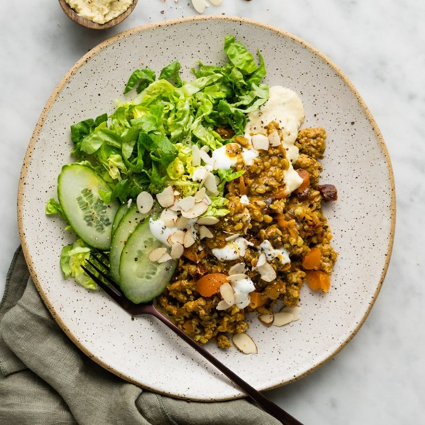 Superfood Freekeh Getreide und grüner Salat