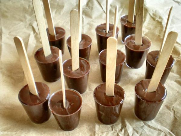 heiße Schokolade am Stiel zubereiten - Rezeptideen