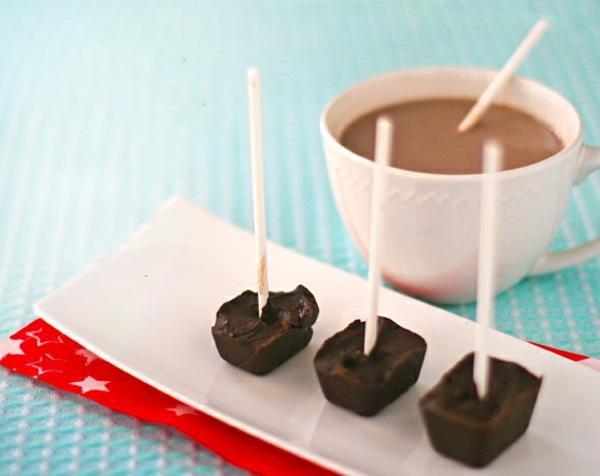 heiße Schokolade am Stiel zubereiten schoko Desserts