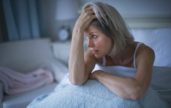 natürliche Schlafmittel Schlaflösigkeit Schlafprobleme bekämpfen