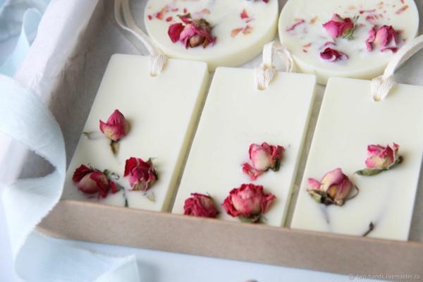 raumduft selber machen rosen sojawachs wax sachets