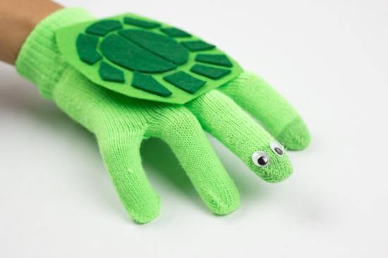 schildkröte handpuppen selber machen aus handschuh