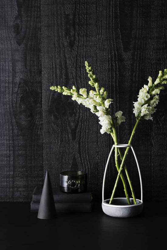 skandinavische Frühlingsdeko schwarz weiß Kontraste bilden